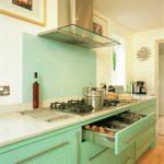 Fresh and Modern Kitchen