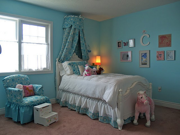 A TON of Readers' Rooms and Projects!