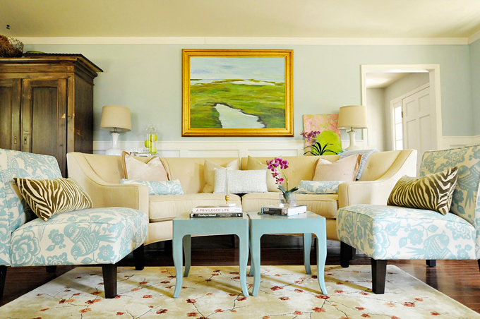 Julia's Posh Living Room