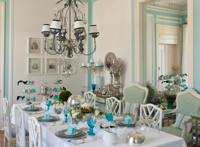 Ana Antunes' Tiffany Table