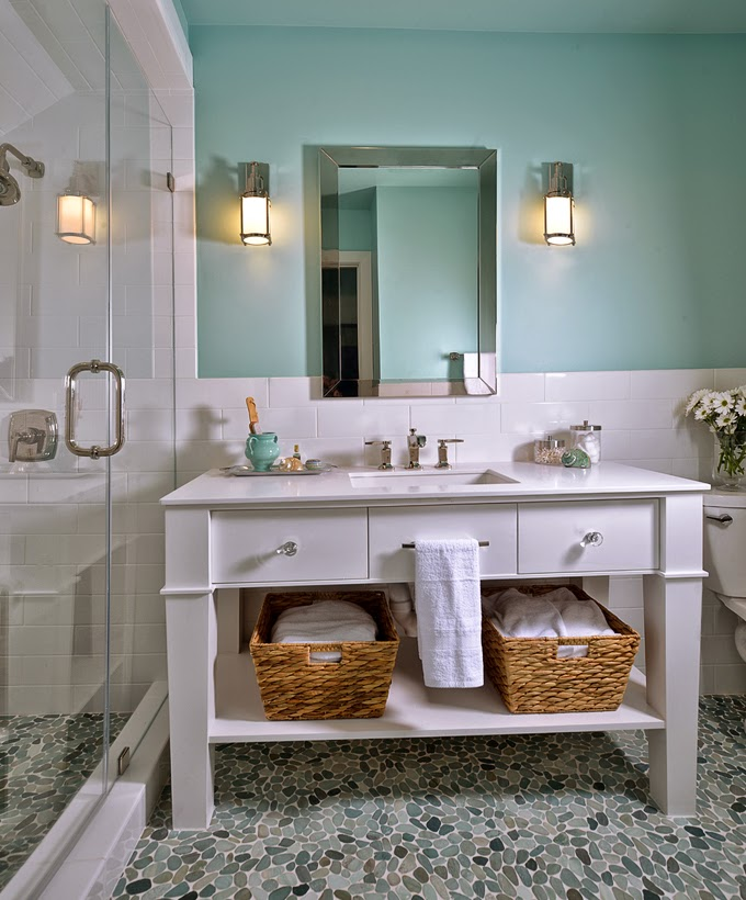 Trend Oh how I ud love to have a spa like bathroom in my home Carla Aston an interior designer in The Woodlands Texas recently remodeled her upstairs bathroom