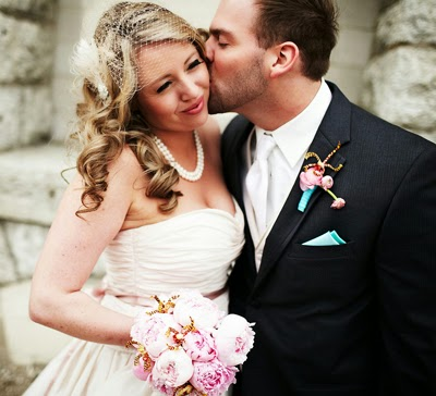 https://houseofturquoise.com/2011/06/wedding-photos-galore.html