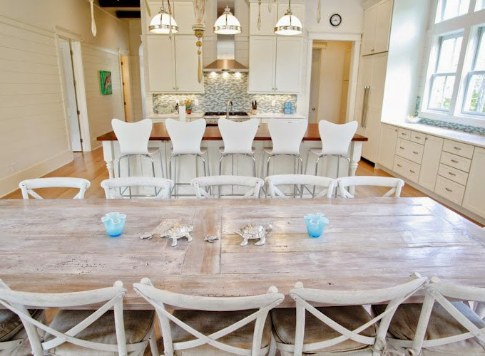 beachy kitchen table 25 best ideas about coastal dining