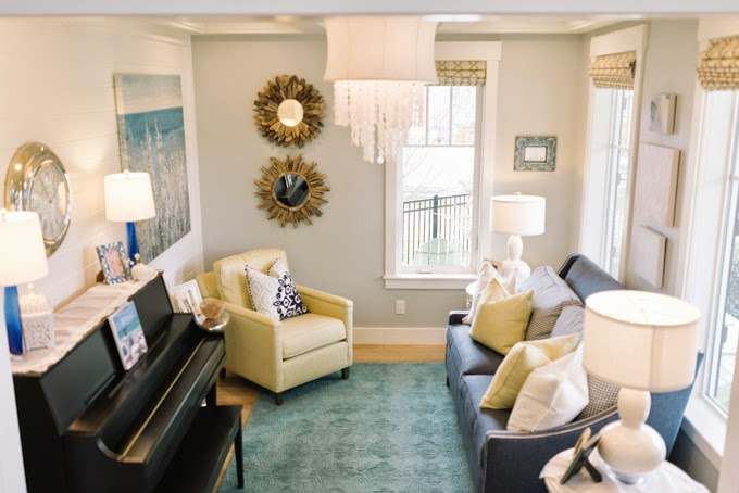 Peachy Four Chairs Furniture House Of Turquoise Spiritservingveterans Wood Chair Design Ideas Spiritservingveteransorg
