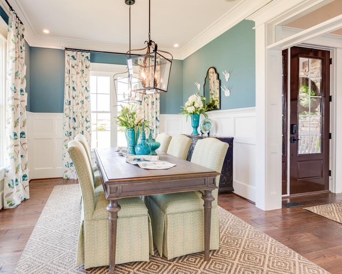 turquoise dining room | WeldenField and Rowe Custom Homes | House of Turquoise
