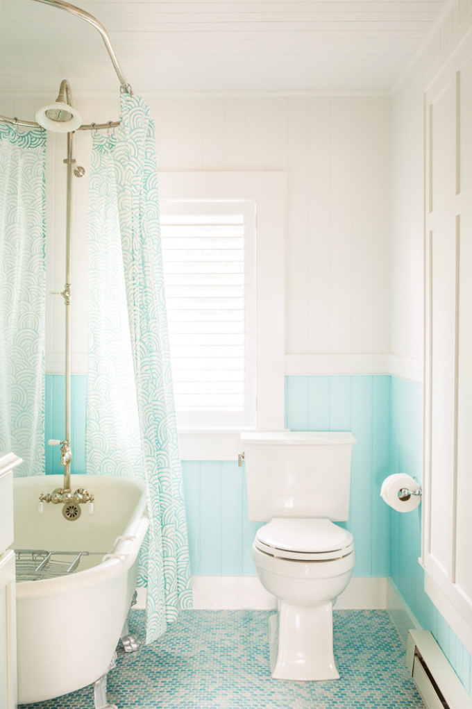 white and turquoise bathroom hurlbutt designs house of turquoise 21397