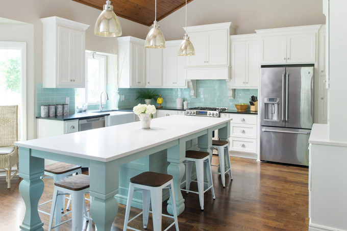 Profile cabinet and design house of turquoise for Tiffany blue kitchen ideas