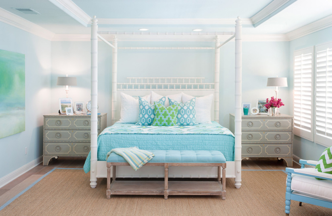 AGK Design Studio House Of Turquoise - Light turquoise paint for bedroom