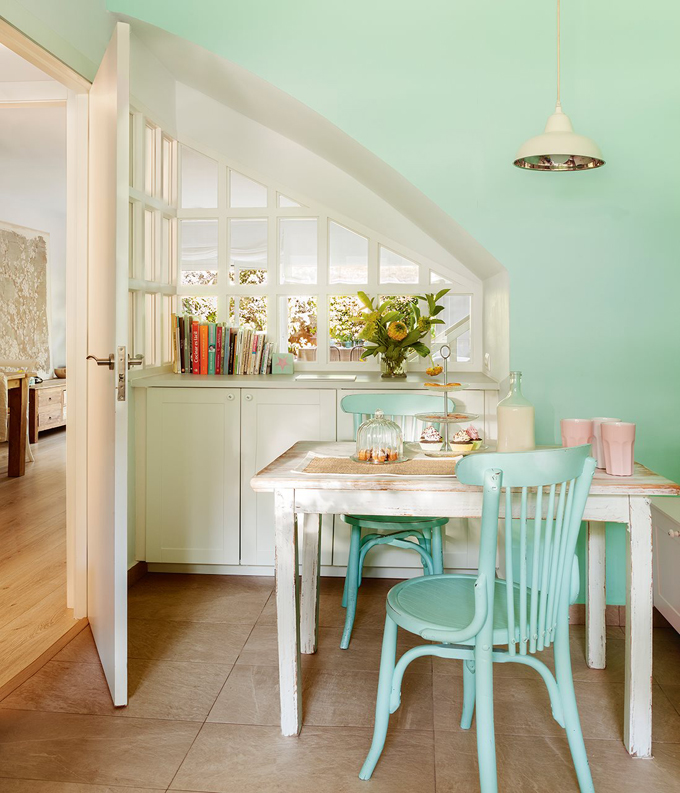 Cristina mateus house of turquoise for Teal kitchen table