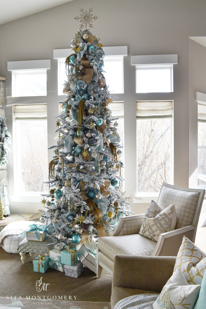 Sita montgomery interiors house of turquoise House beautiful christmas trees