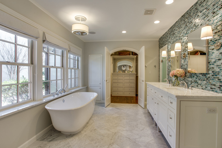 Awesome The luxurious master bath and bedroom in a us Dallas Texas home was a recent project by Redo Remodeling Construction and it us left me antsy to