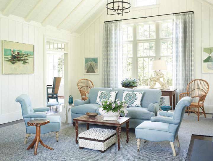 lovely blue green living room | Phoebe Howard | House of Turquoise