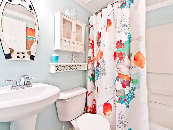 colorful bathroom
