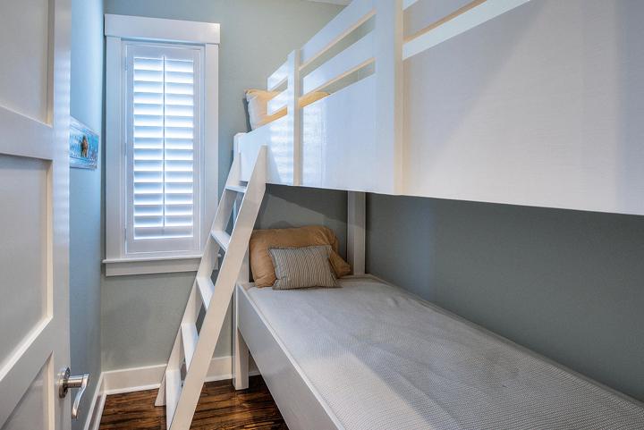 guest house bunks