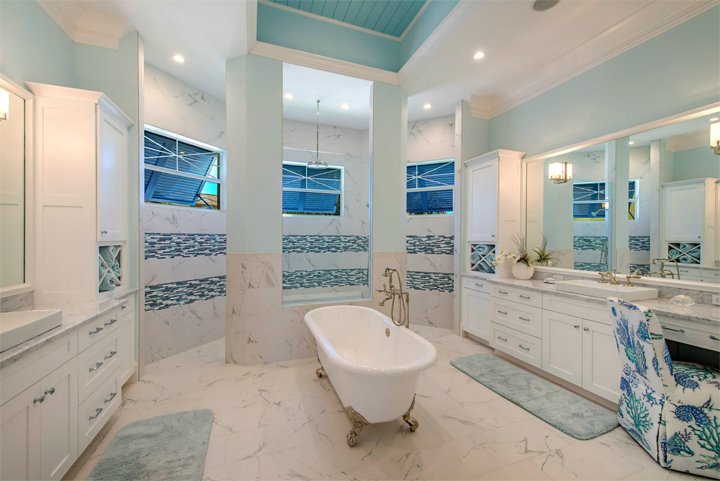turquoise master bathroom