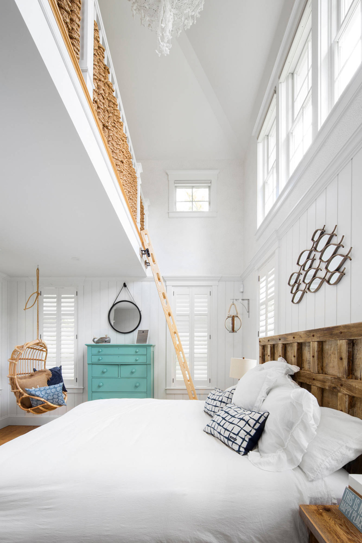 beach-house-bedroom