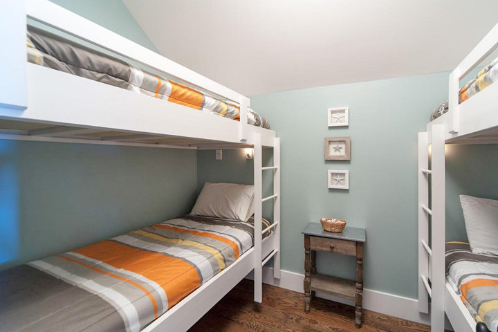 coastal-bunk-room