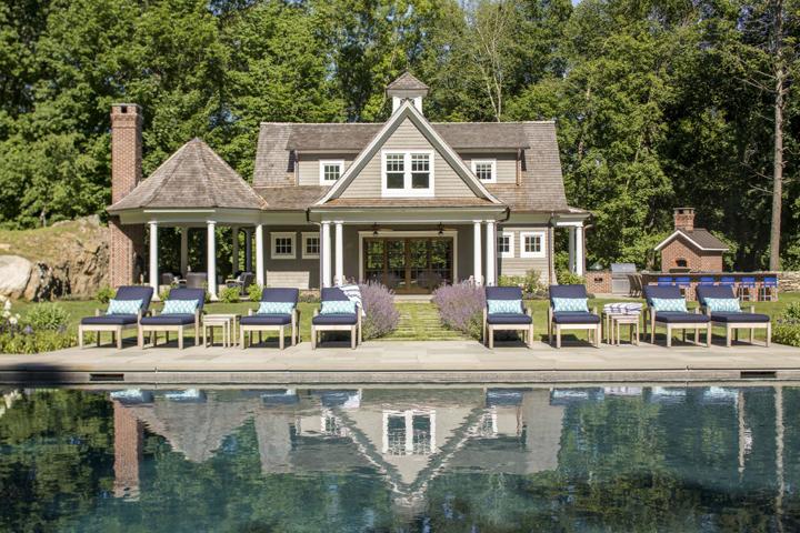pool-house