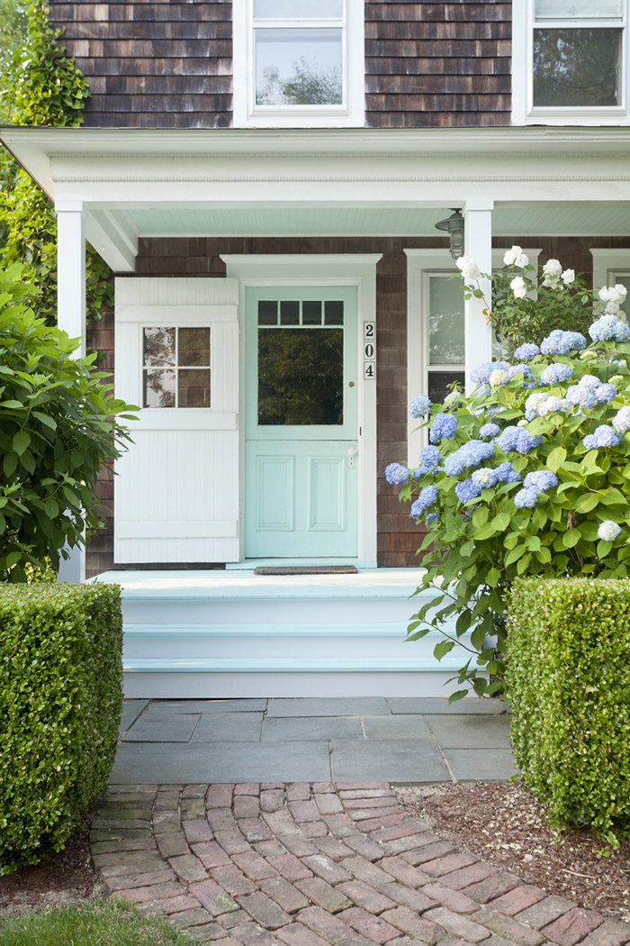 Turquoise and blue front doors with paint colors house of turquoise for Exterior door colors benjamin moore