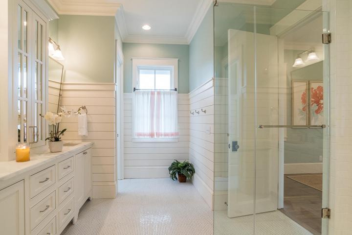 aqua-white-bathroom