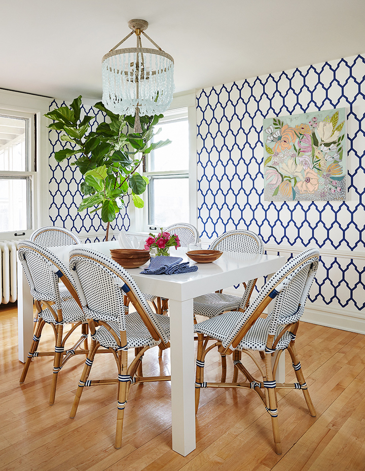 blue-white-dining-area