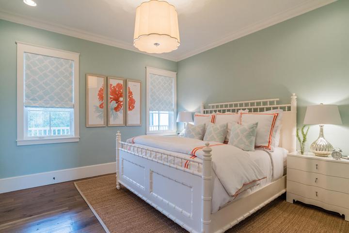 coral-aqua-bedroom