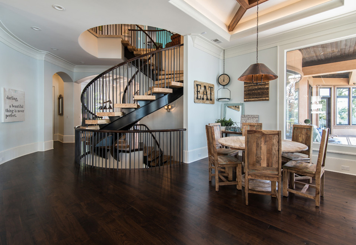 dining-stairway