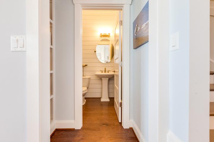 hallway-bath