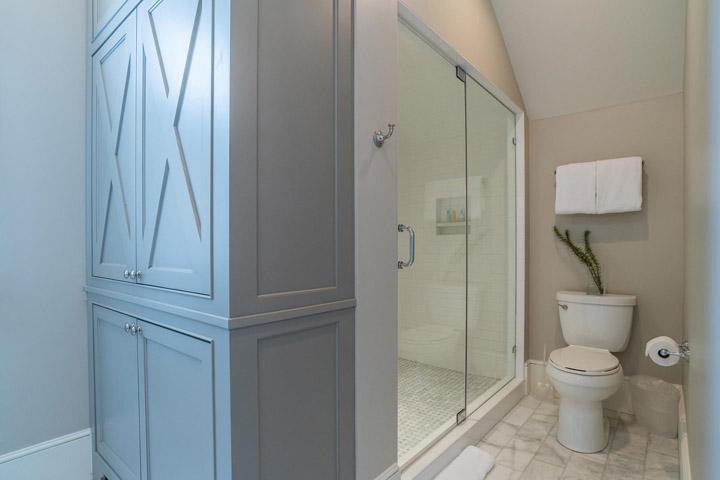 upstairs-shower