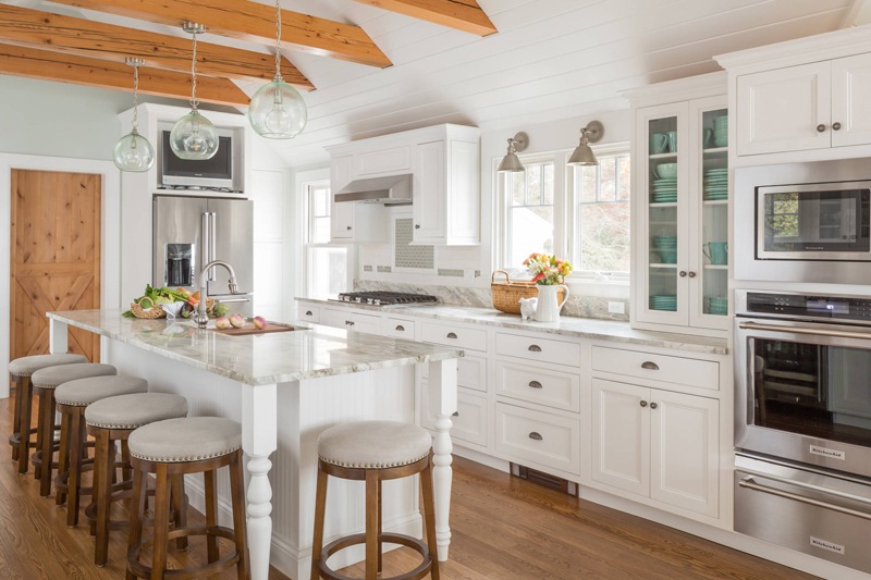 Awesome This Beautiful Cape Cod, Massachusetts Kitchen Designed By Robin Decoteau  Of Supply New Englandu0027s Kitchen U0026 Bath Gallery And Photographed By Kyle J.  ...