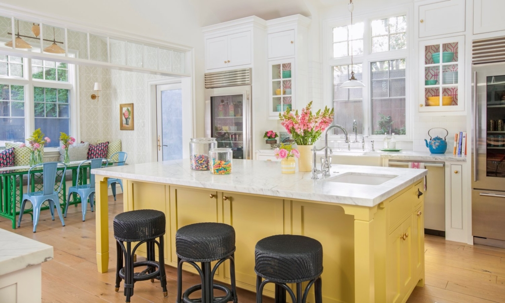 The Bright And Cheery Los Angeles Home Was Designed By None Other Than  Alison Kandler, One Of My Favorite Interior Designers ...