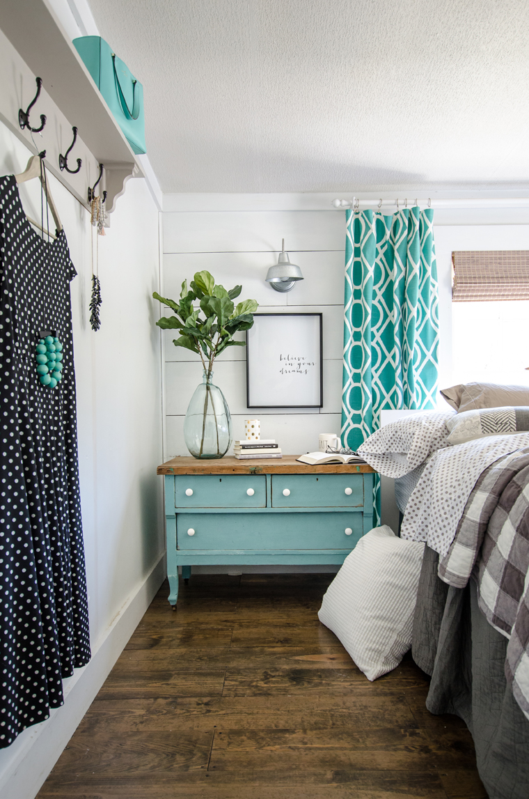 The Shabby Creek Cottage House Of Turquoise